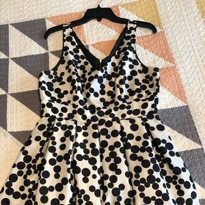 Taylor Size 8 Polka Dot Cocktail Dress